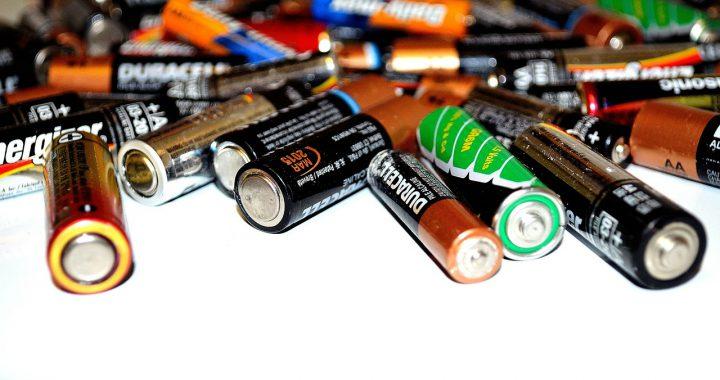 Elektronische accessoires in huis